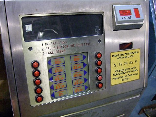 automat bilete, transport public, bilet de calatorie